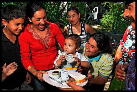 baptême chez des Roms à Annecy