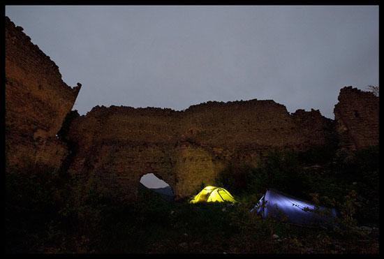 Bivouac au château de Cornillon