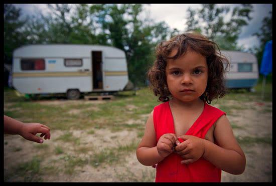 Jeune fille rom, Haute Savoie