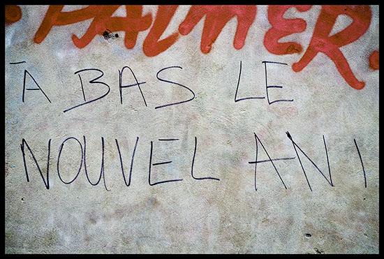 graffiti à bas le nouvel an