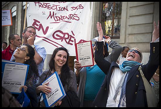 Manifestation des grévistes du service de la protection des mineurs