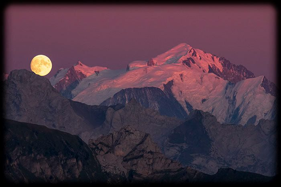 lune, ponte percée et mont blanc