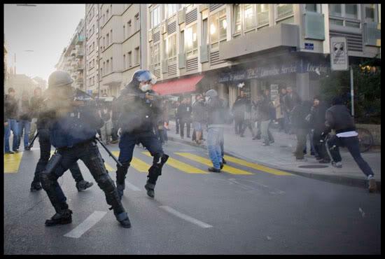 manifestation anti-OMC à Genève