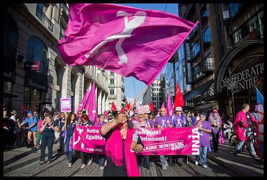 Manifestation dans le cadre de la journée d'actions pour l'égalité entre femmes et hommes