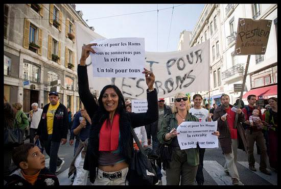 Des Roms contre la réforme des retraites à Grenoble
