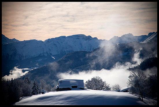 Vue sur le massif du Bargy depuis Pleine Joux