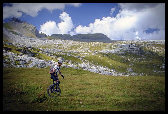 monocycle en montagne