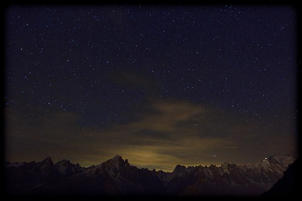 Nuit étoilée à la montagne