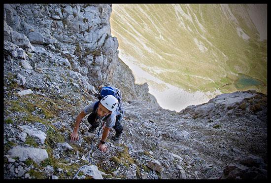 Le Passage Pellier dans la montée à la Pointe Blanche, massif du Bargy