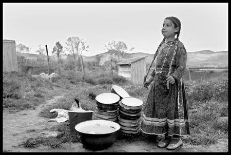 enfant rom en Roumanie