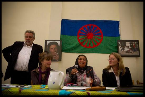Une Romni prend la parole à Genève