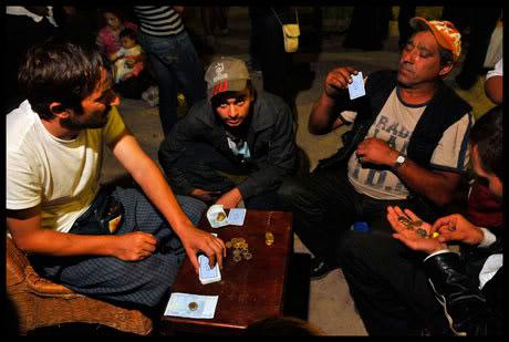 Roms jouant aux cartes