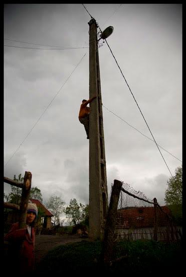 Fée électricité, Roms en Roumanie