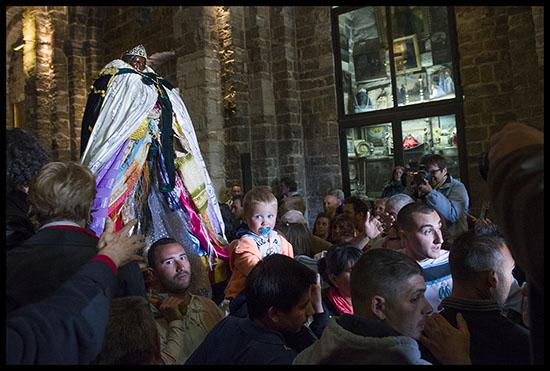 Sainte Sara dans l'église