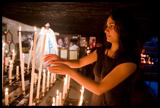 Dans la crypte avec Sainte Sara la Kali
