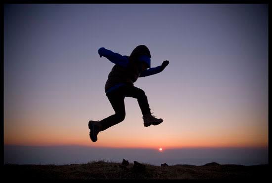 Danse avec le soleil, Montagne de Sous-Dine